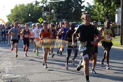 5K & 10K Start - 2013 Howell Melon Run
