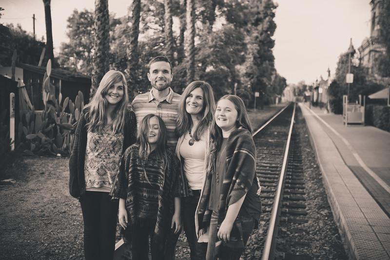 2015_Dean_Family_B&W-32.jpg