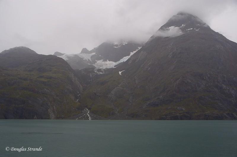 0509051238_GlacierBay.jpg
