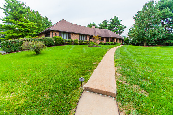 4500 Ferwind Country Lane