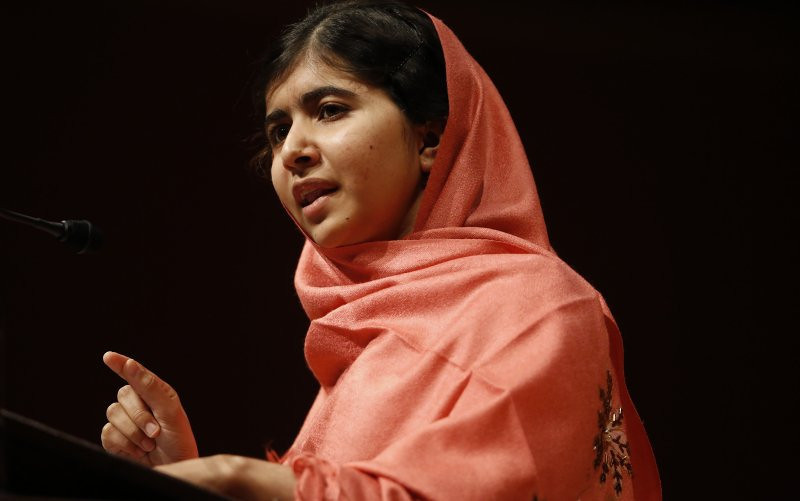 ". <p>6. MALALA YOUSAFZAI <p>Nobel Peace Prize committee stiffs her out of fear of hurting Taliban�s feelings. (unranked) <p><b><a href=\'http://www.foxnews.com/opinion/2013/10/11/did-nobel-committee-snub-malala-yousafzai-because-it-fears-radical-islam/\' target=""_blank\""> HUH?</a></b> <p>   (AP Photo/Jessica Rinaldi, File)"