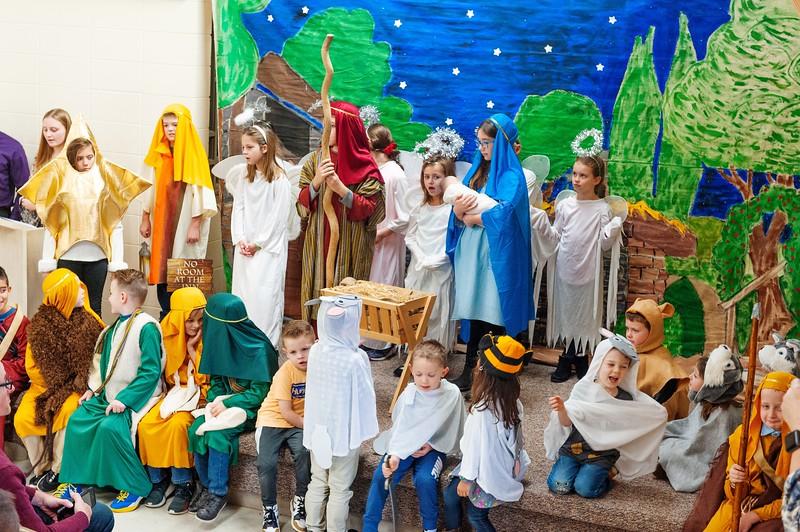 20191209 Faith Children Advent Family Gathering-8022.jpg