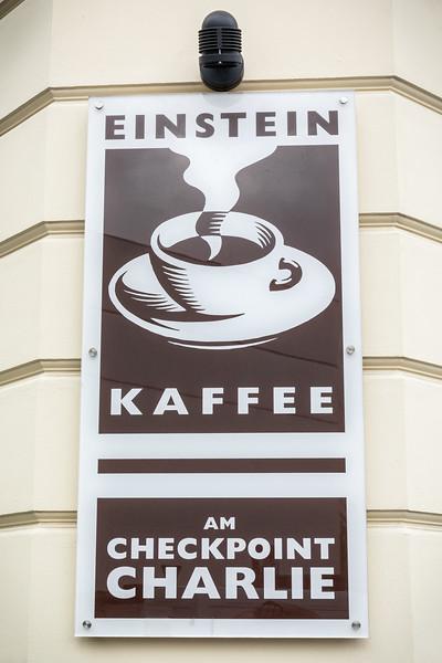 Checkpoint Charlie-9662.jpg
