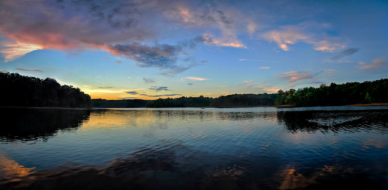 Laurel Lake Hollow Bay Sunset Panoemail.jpg