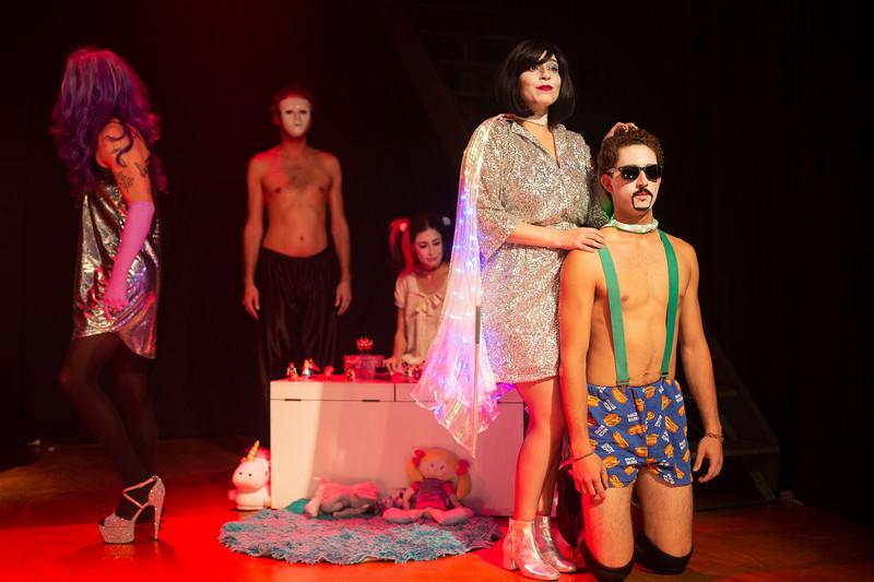 Allan Bravos - essenCIA Teatro - Persona 07-216.jpg