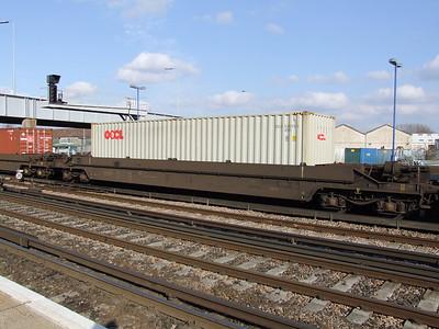 KTA (GERS) - Freightliner 'Pocket' Wagon