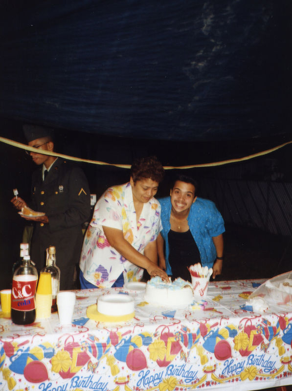 1987 07 - Welcome Home Party 016.jpg