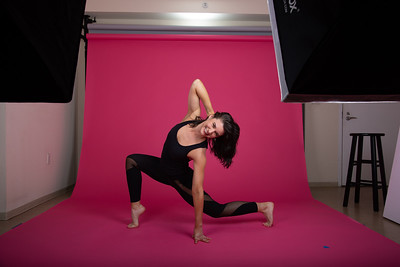 5-Dance-PinkBG