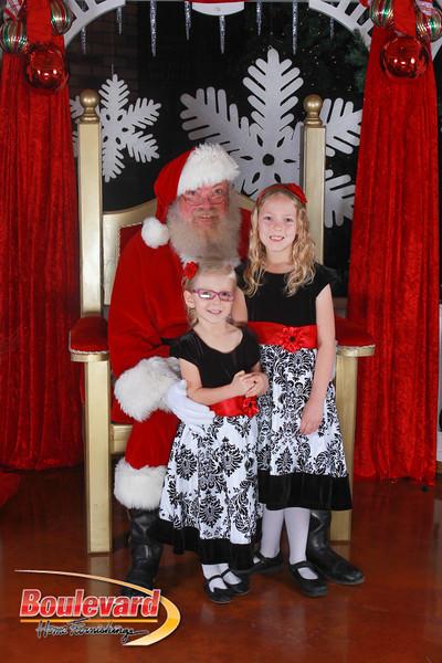 Santa 12-17-16-490.jpg