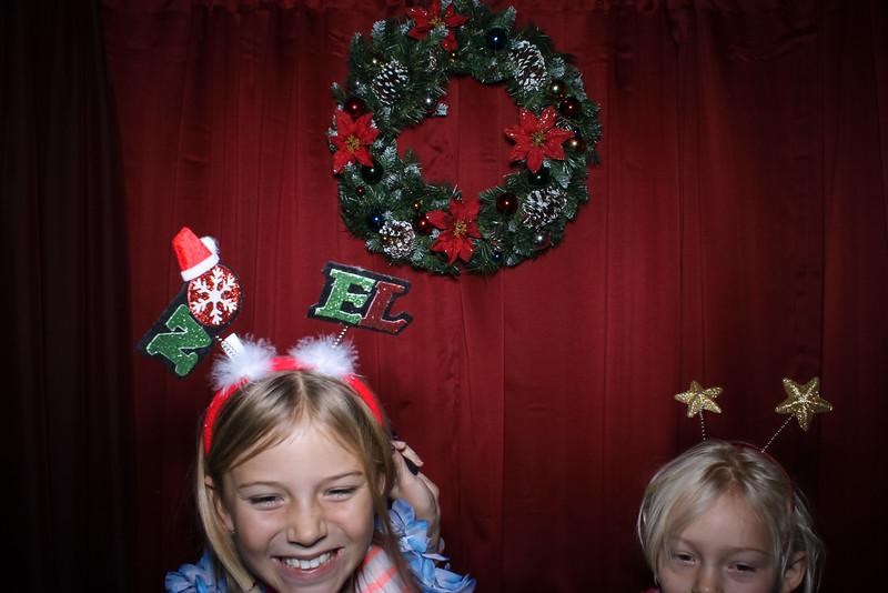 Good Shepard Lutheran School Christmas Boutique 2014-31.jpg