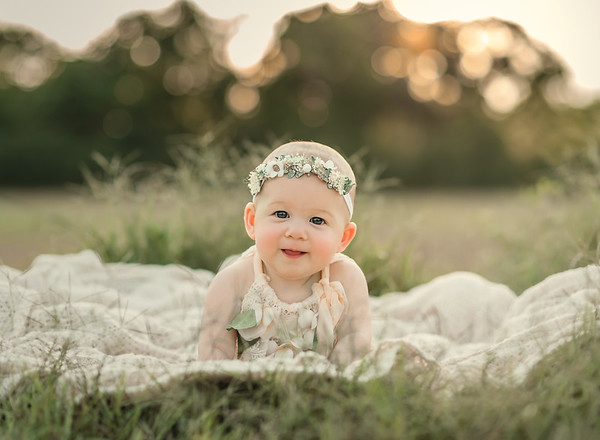Kynlee - 6 Month Session