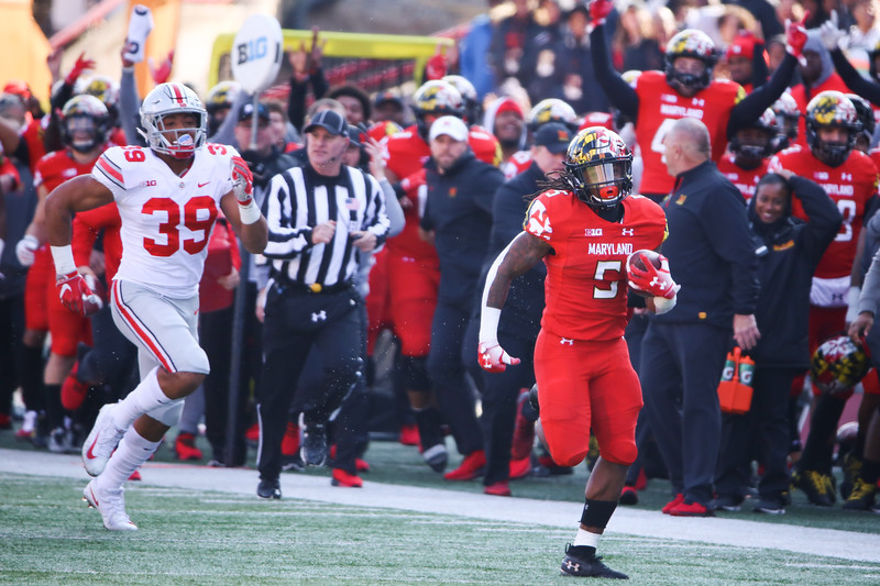 Maryland RB #5 Anthony McFarland sprints down the sideline for his second touchdown of the day