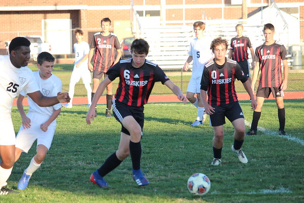 '20 Cardinal Varsity Boys Soccer Game