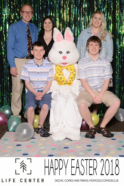 20180331_MoPoSo_Tacoma_Photobooth_LifeCenterEaster18-43.jpg