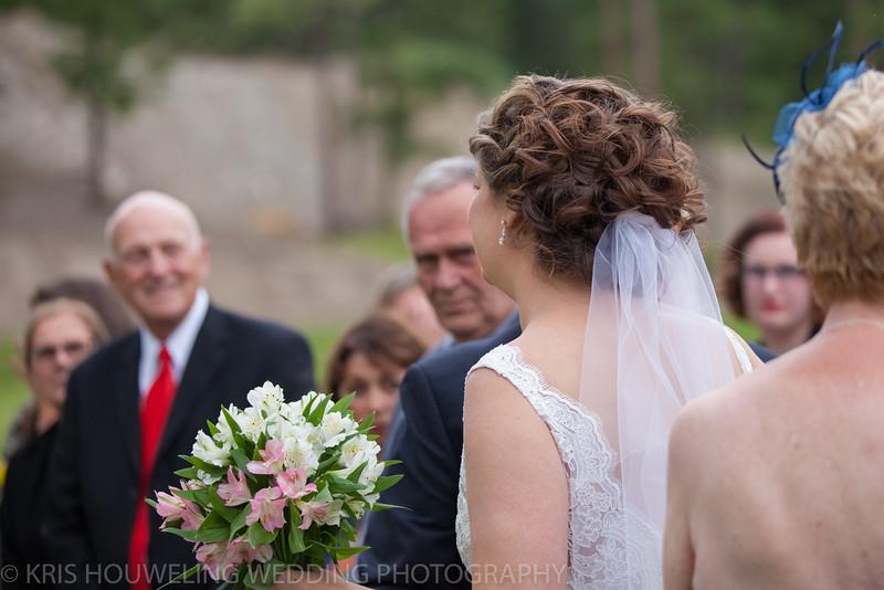 Copywrite Kris Houweling Wedding Samples 1-39.jpg