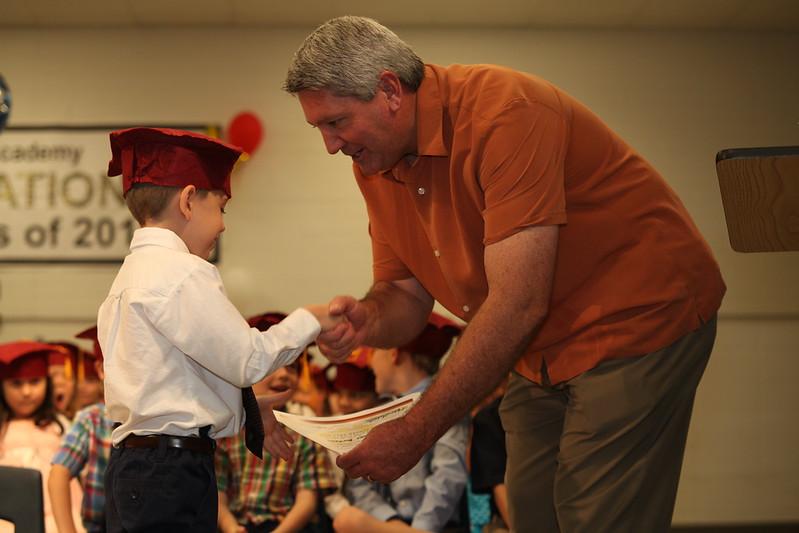 2012May18_MTA Kinder Grad_9731.JPG