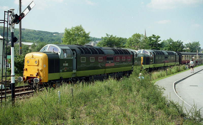 55002 & 55019 at Ramsbottom on the 1500 Rawtenstall - Bury. 09.07.97