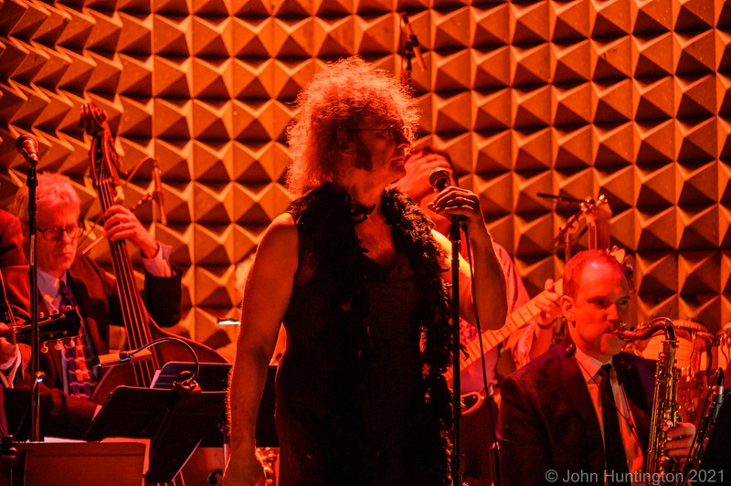 Loser's Lounge Rat Pack at joe's Pub February 8, 2020 late show Photo by john Huntington