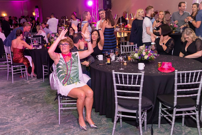 2019_11_Yachtail_Party_00580.jpg