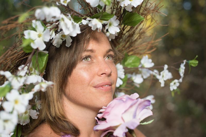 Natalie Spring time flowers_Daniel Dopler Photography (4 of 33).jpg