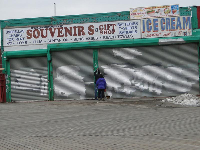 2-18-11 - Souvenir shops greasing their gates for a probable 2011 summer season.