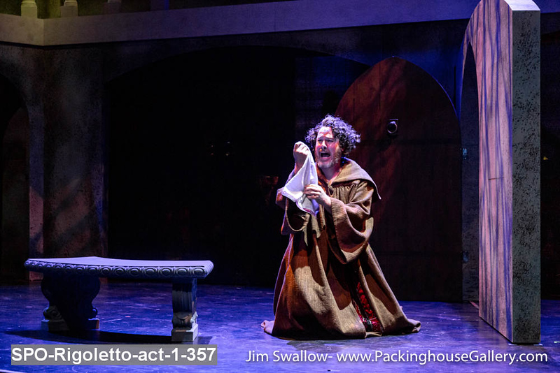 SPO-Rigoletto-act-1-357.jpg