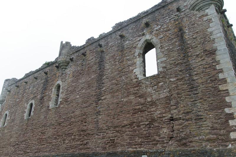 Duone Castle (Castle Leoch) - 02.jpg