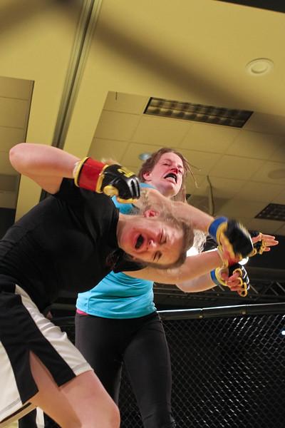 Amanda Wyatt vs Sarah Jacobson