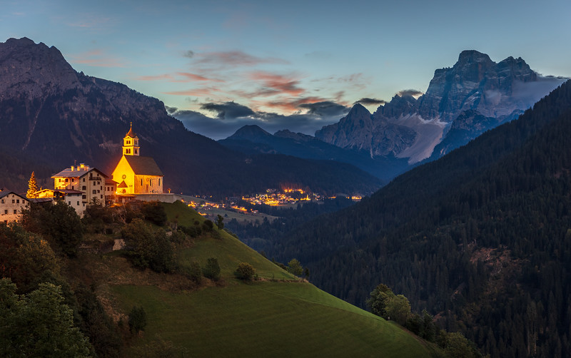 Colle Santa Lucia in the morning