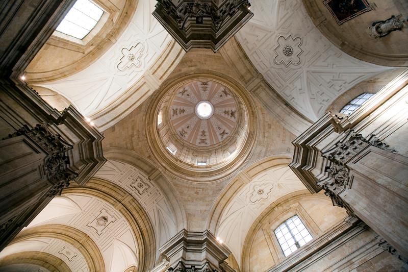 Vista de la cúpula de la iglesia de la Purísima Concepción, Salamanca, España
