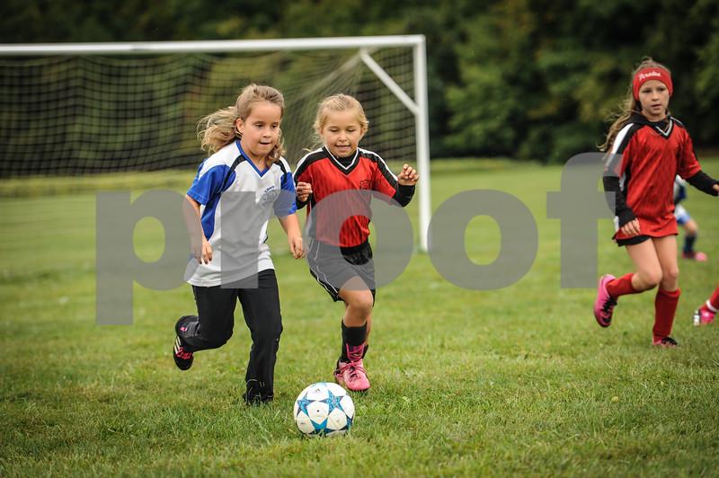 9-08-18 Eva Nygaard's u-8 soccer game vs LB-15.jpg