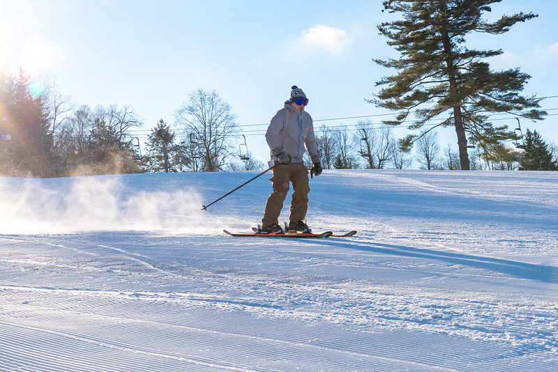 Opening-Day_12-7-18_Snow-Trails-70599.jpg