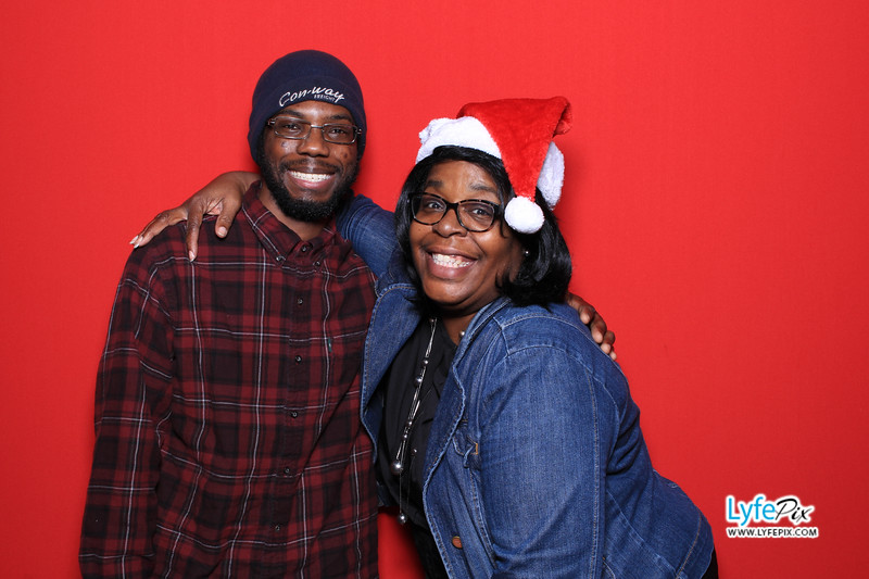 eastern-2018-holiday-party-sterling-virginia-photo-booth-0046.jpg