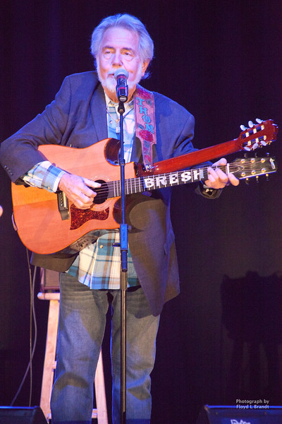 Havre Daily News/Floyd Brandt  Opening for Collin Raye, Thom Bresh