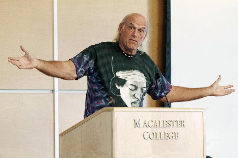 """. <p>10. (tie) JESSE VENTURA <p>Covers up his military records even more desperately than he used to cover his bald spot. (5) <p><b><a href=\'http://www.startribune.com/local/227250991.html\' target=\""""_blank\""""> HUH?</a></b> <p>    (AP Photo/Jim Mone, File)"""