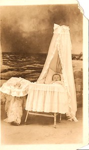 1913-HenrySandlass-baby-photoStudio.jpeg