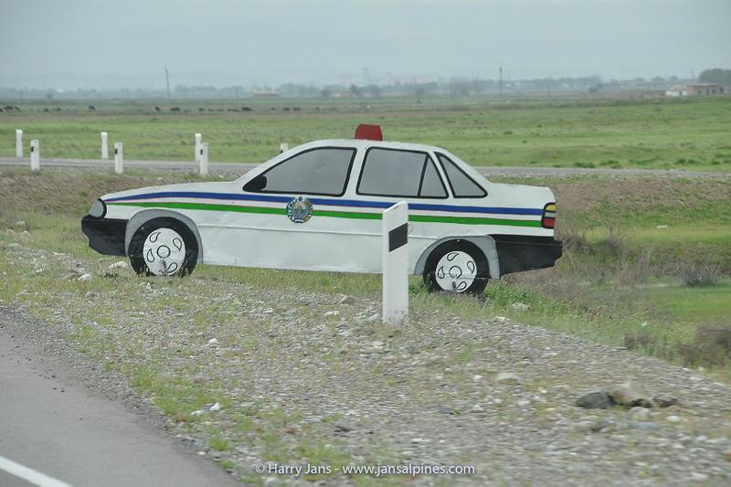 Uzbek fake policecar