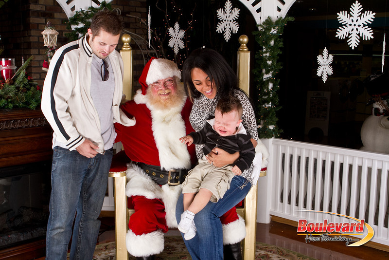 Santa Dec 8-290.jpg