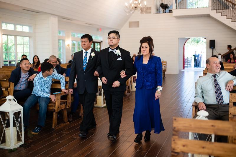 Kaitlin_and_Linden_Wedding_Ceremony-11.jpg