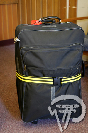luggage in: </br>California
