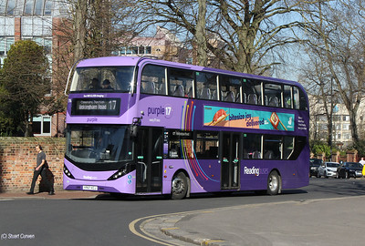 714, YP67XCJ, Reading Buses, The Forbury