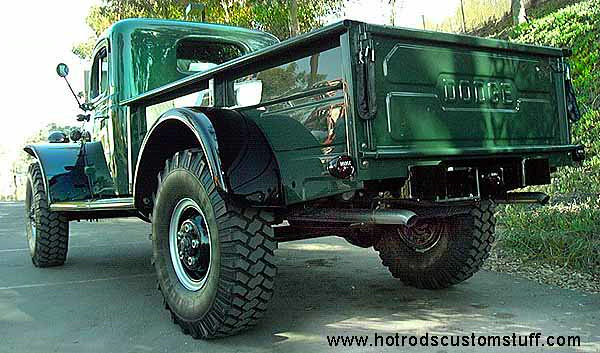 PowerWagon-5-03.jpg