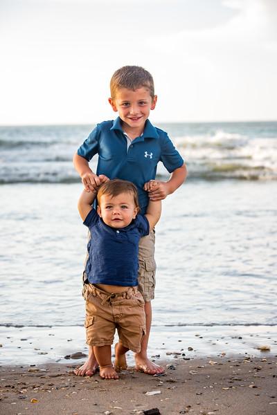 Family beach photos-154.jpg