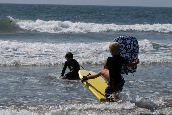 Surf Camp-Surf Contest