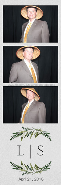 ELP0421 Lauren & Stephen wedding photobooth 3.jpg
