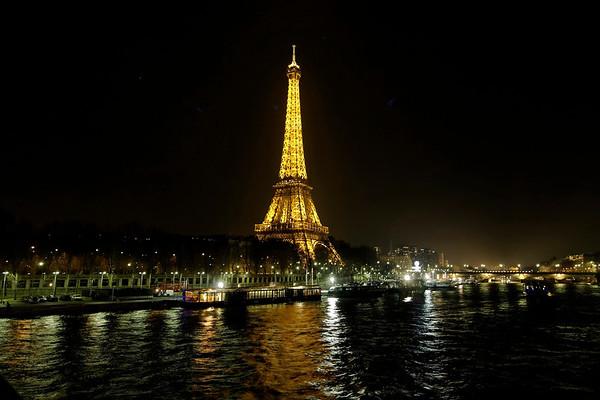 Tour Eiffel -la nuit-