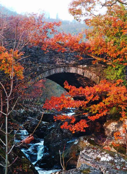 Pont Cyfyng a.jpg