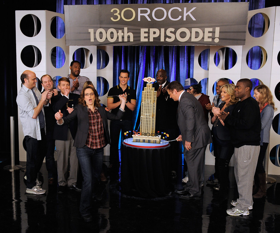 """. (Center L-R) Actors Tina Fey, Alec Baldwin, Jane Krakowski and Tracy Morgan with the cast of \""""30 Rock\"""" attend the \""""30 Rock\"""" 100th Episode Celebration at Silver Cup Studios on March 10, 2011 in the Queens borough of New York City.  (Photo by Jemal Countess/Getty Images)"""