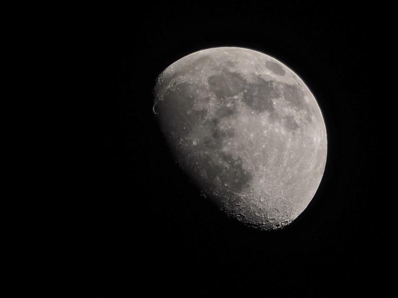 03 April Moon