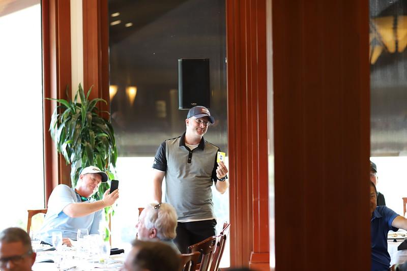 Momentum Golf Benefit-409.jpg